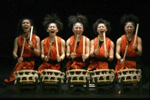YAMATO - The drummers of Japan 'Kami-Nari'